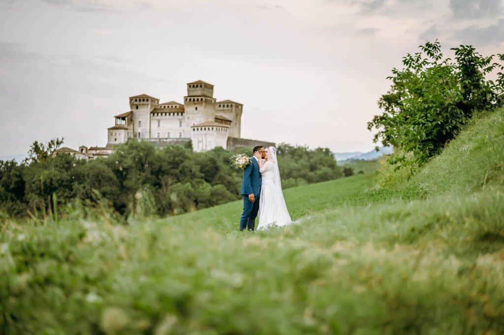 fotografie di sposi dopo la cerimonia colli di torrita di siena